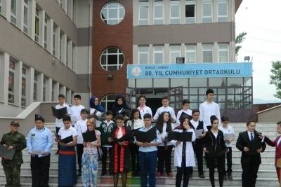Gürsu 80. Yıl Cumhuriyet Ortaokulu Fotoğrafları 1