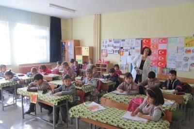 Kurşunlu İstiklal İlkokulu Fotoğrafları 1