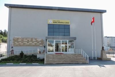Nilüfer Belediyesi Barış Anadolu Lisesi Fotoğrafları 1