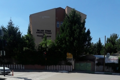 İslam Uyar Mesleki Ve Teknik Anadolu Lisesi Fotoğrafları 2