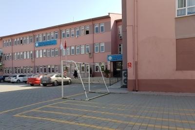 Vahide Aktuğ Ortaokulu Fotoğrafları 2