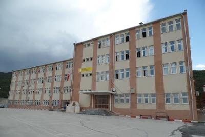 Orhangazi 15 Temmuz Şehitler Anadolu Lisesi Fotoğrafları 1