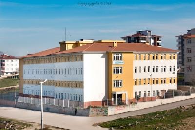 Şehit J. Çvş. Erman Aydın Ortaokulu Fotoğrafları 1